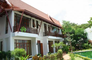 Sukhumvit-Phra Kanong, Phra Khanong, Bangkok, Thailand, 3 Bedrooms Bedrooms, ,3 BathroomsBathrooms,House,For Rent,Sukhumvit-Phra Kanong,3595